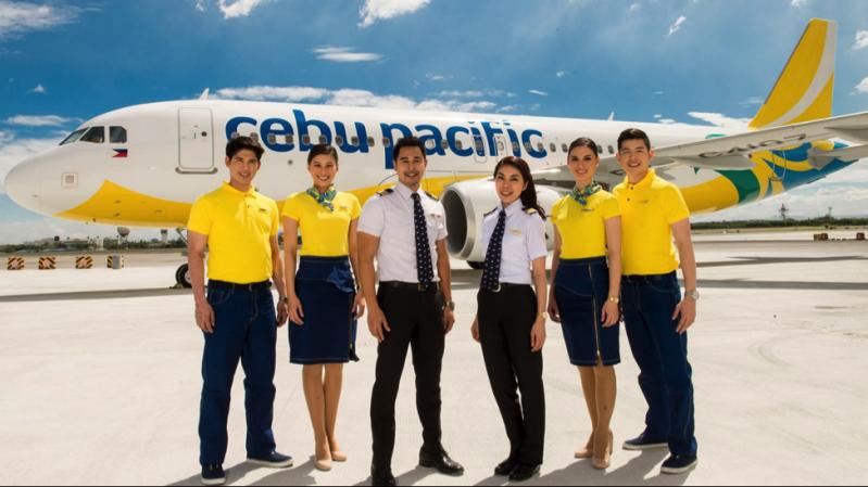 Avion Cebu Pacific cu echipaj