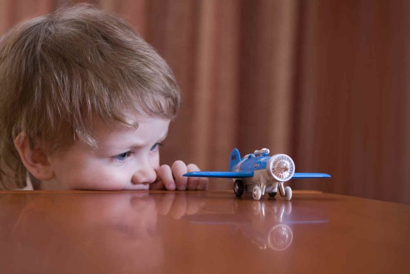 copii au drepturi daca avionul a intarziat